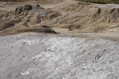 Peisaj-de-la-Vulcanii-Noroiosi