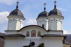 Manastirea-Suzana-2